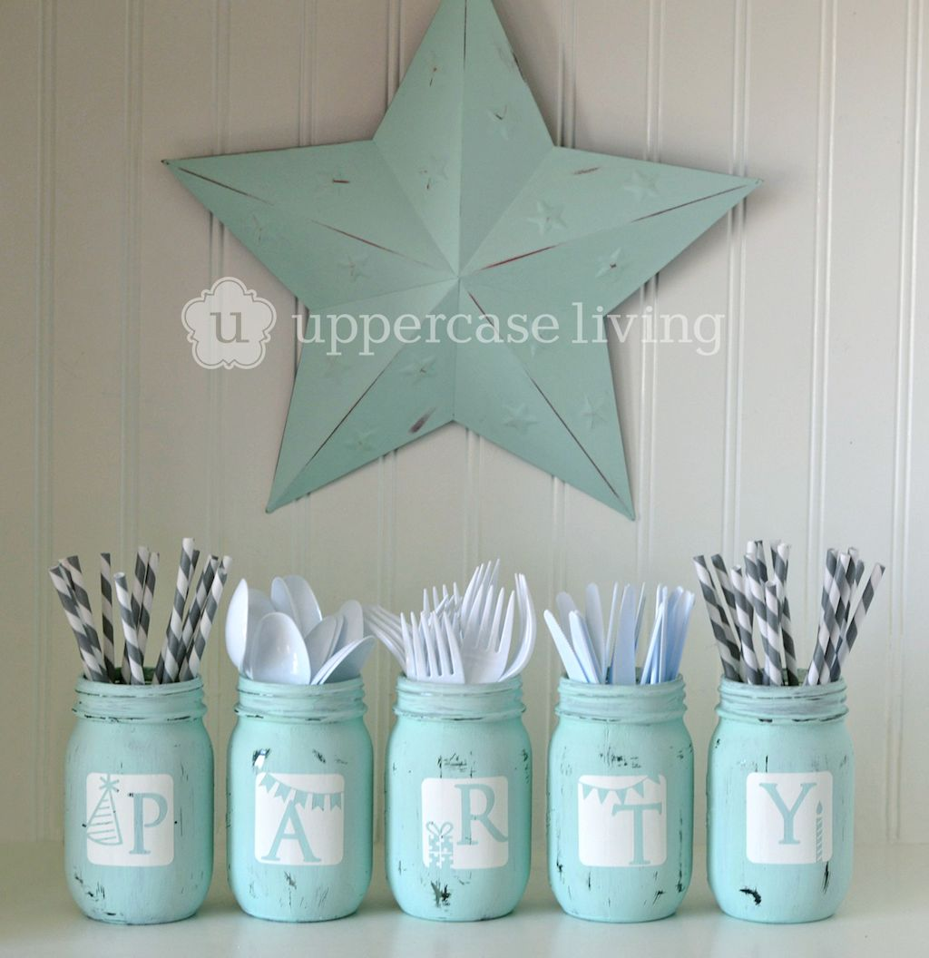 Distressed Mason Jar Project with Star